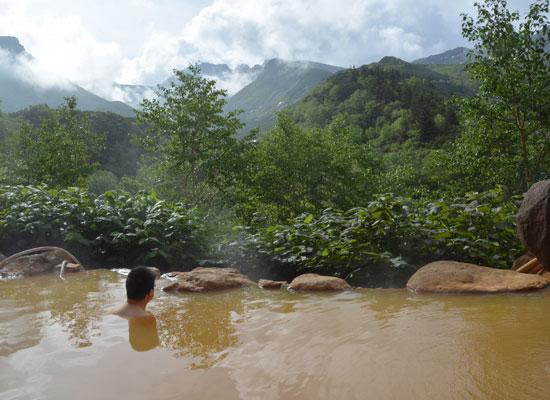北海道・十勝岳温泉(男湯・夏の露天)