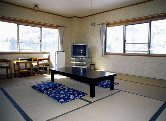 北海道・十勝岳温泉(客室)