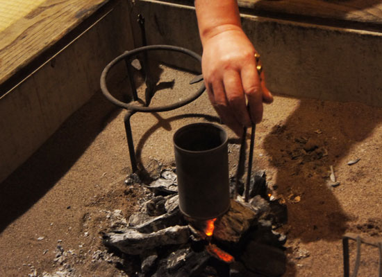 鶴の湯温泉・囲炉裏