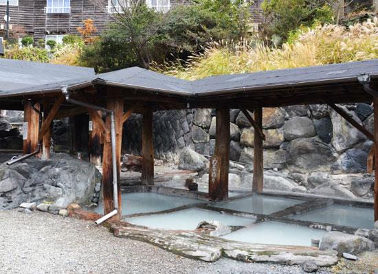 地獄温泉・清風荘/露天風呂・すずめの湯