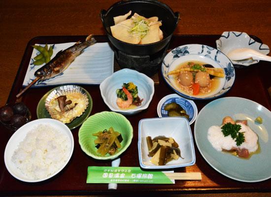 国見温泉・石塚旅館/料理