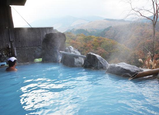岳の湯温泉・豊礼の湯/露天風呂