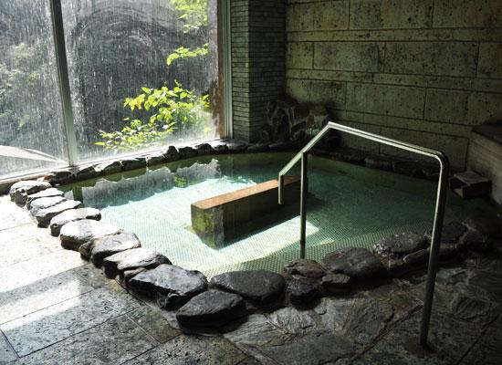 尾又温泉・自在館/内湯・貸切風呂「たぬきの湯」