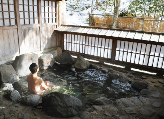 小滝温泉/男湯・露天風呂「澤の湯」