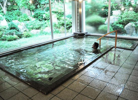 村杉温泉・風雅の宿 長生館/男湯内湯