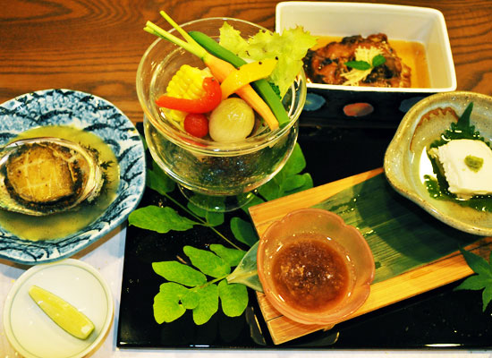村杉温泉・風雅の宿 長生館/夕食