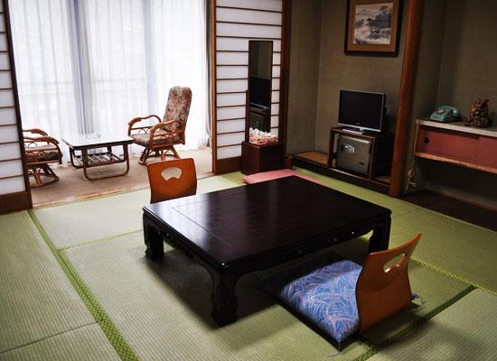 沢渡温泉・まるほん旅館/客室