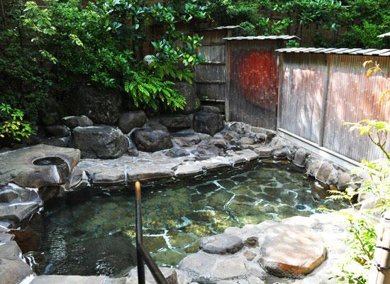 別所温泉・旅館花屋/露天風呂