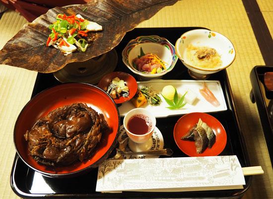 東山温泉・向瀧/夕食