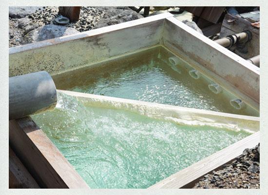 高湯温泉の主力源泉「滝の湯源泉」