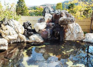 湯西川温泉・上屋敷 平の高房/露天風呂