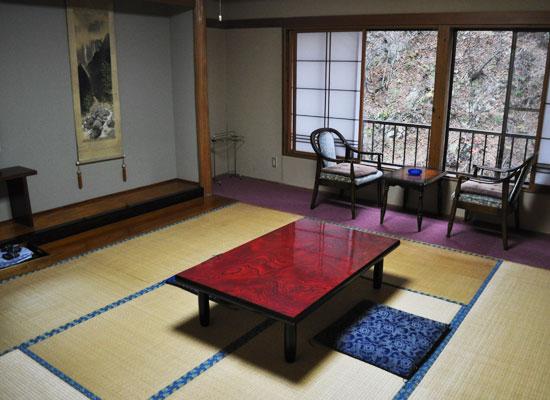 大平温泉・滝見屋/客室