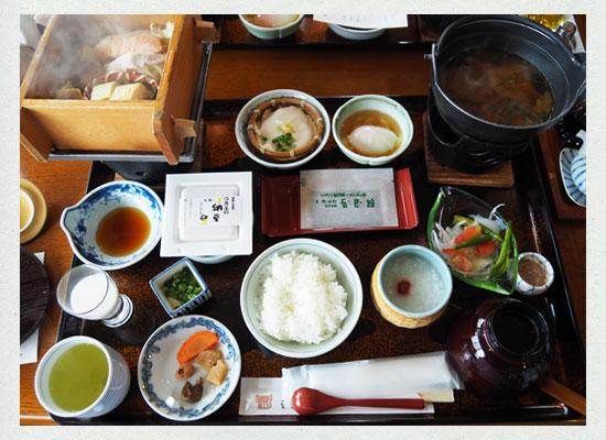 辰巳館の朝食
