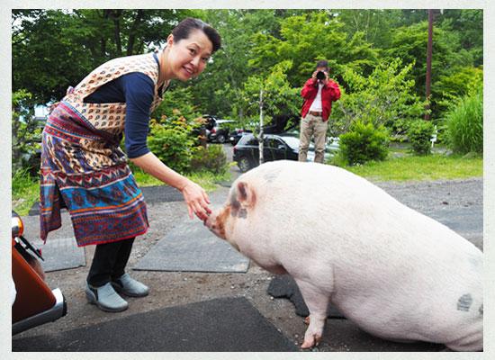 天狗温泉・浅間山荘/女将の山﨑明美さん