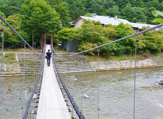 上の湯温泉・温泉旅館 銀婚湯/宿の全景