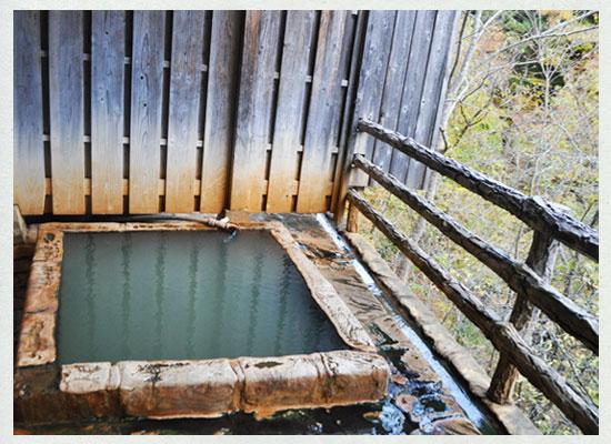塩の湯温泉・明賀屋本館/貸切露天風呂