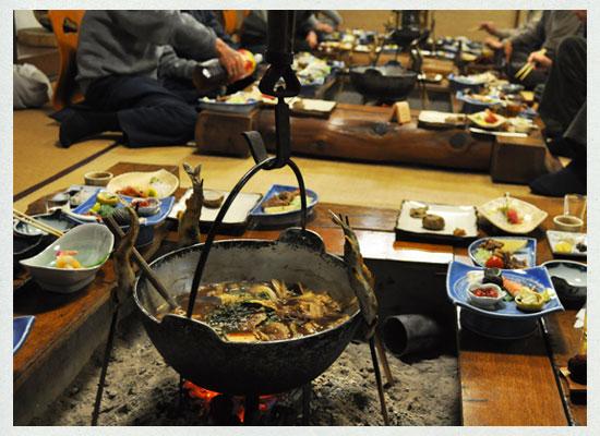 船原温泉・船原館/夕食「お狩場焼き」